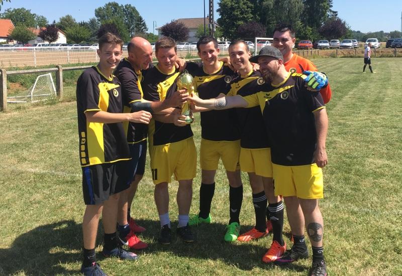 Ambiance Coupe du Monde à Cuvry pour le GBL FC